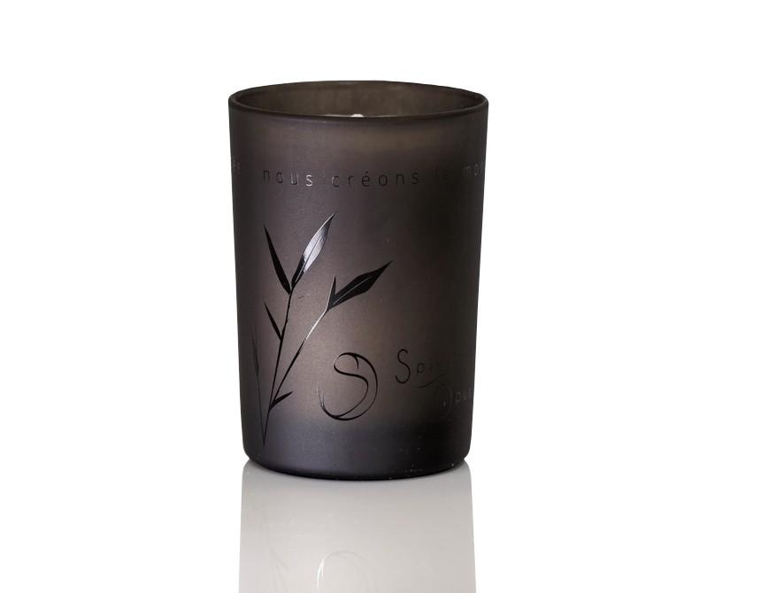 http://www.spiritopus.com/291-large_default/bougie-parfumee-the-noir.jpg