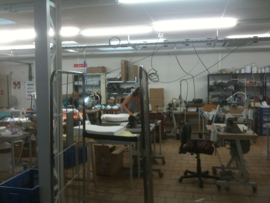 A la recherche de petits doigts agiles spiritopus le blog spiritopus le - Atelier de confection textile ...